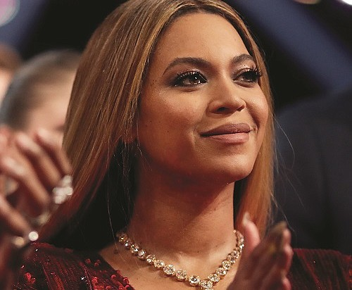 Beyonce yashimiye abigaragambya muri US abasaba  kuzashishoza mu matora