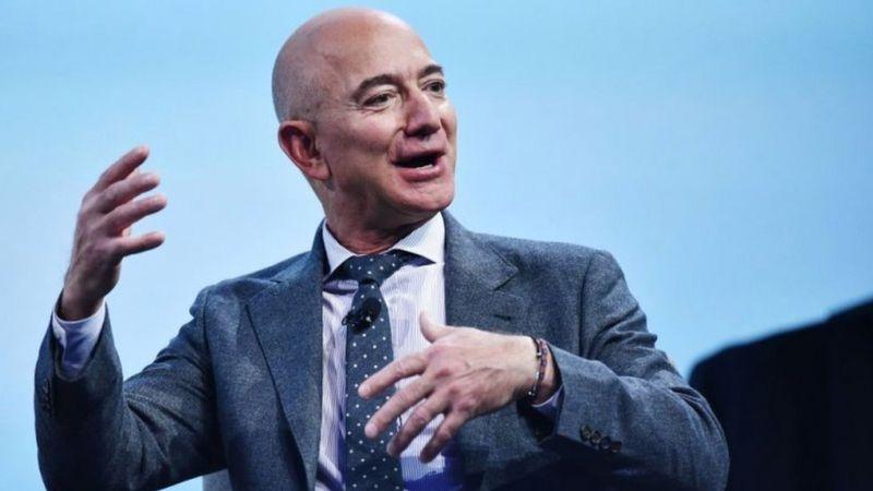Umuherwe Jeff Bezos yinjije akayabo ka miliyari 13 z'amadolari ku munsi umwe