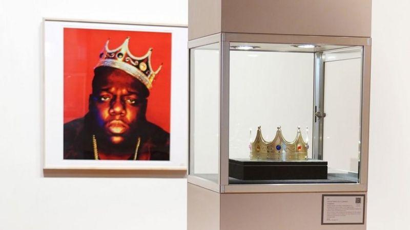 Amabaruwa y'urukundo ya Tupac n'ikamba rya Notorious B.I.G byaguzwe akayabo