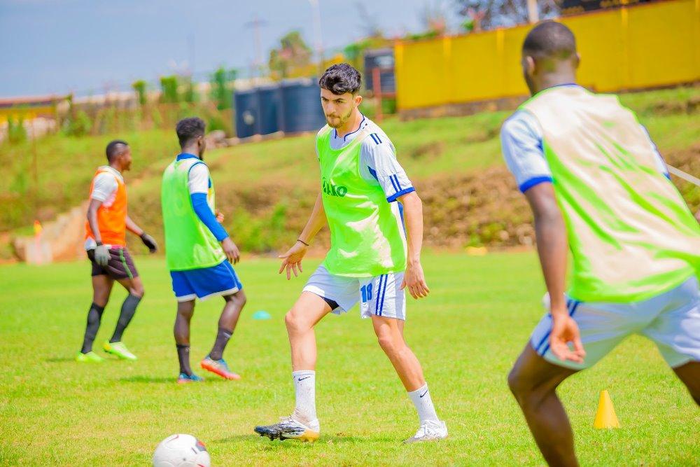 Ba banya Maroc na Muhire Kevin batangiye imyitozo muri Rayon Sports,Rutahizamu Sanogo arasinya [AMAFOTO]