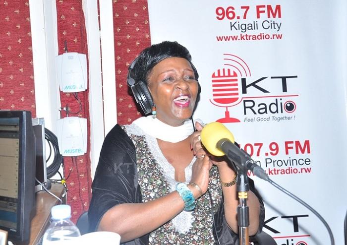 Amateka y'umuhanzikazi w'umunyabigwi Cecile Kayirebwa wujuje imyaka 75 y'amavuko